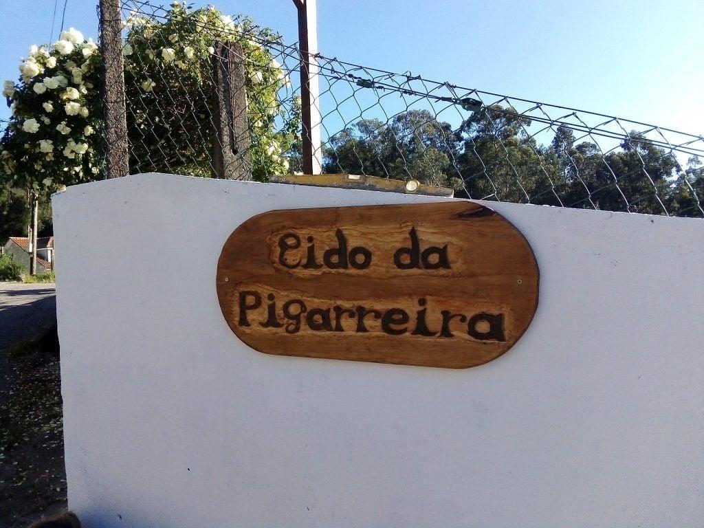 Acerca del furancho. Cartel de la entrada en el furancho de la Pigarreira, Redondela Pontevedra